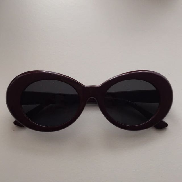 Clout Oval Sunglasses Burgundy