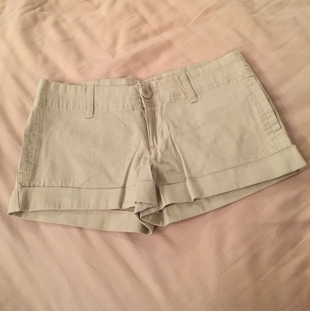 Cotton on beige shorts size s