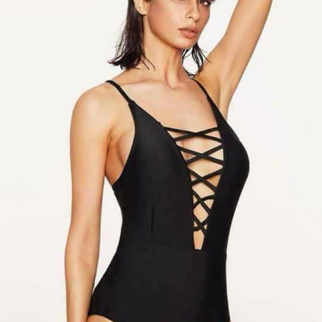 Crisscross onepiece swimsuit