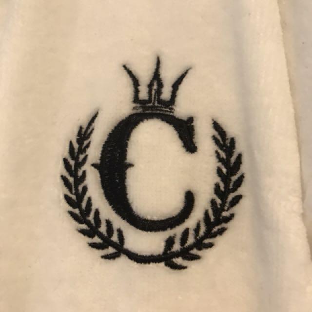 Culture Kings Robe