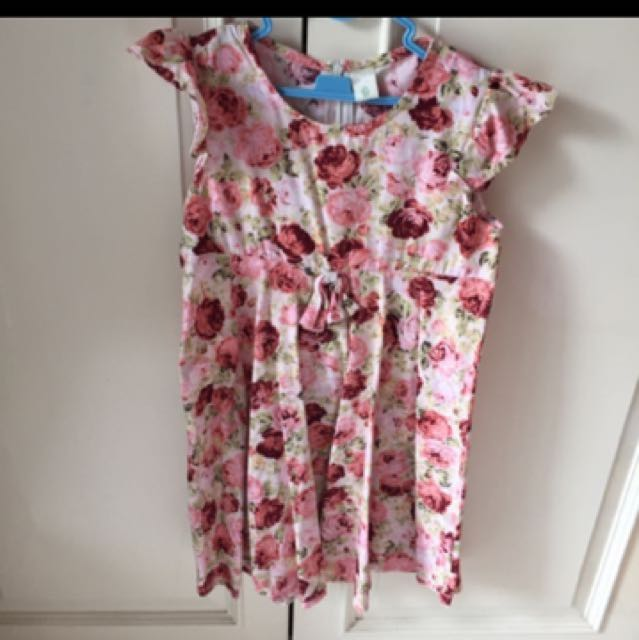 dress bunga2 size 4-6tahun