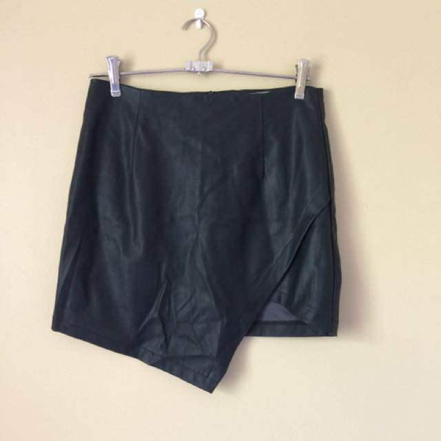 Faux Leather Mini Skirt Sz M