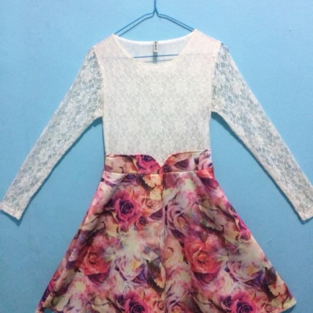 Flowery Gown / gaun bunga
