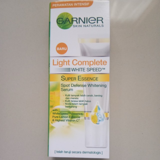 GARNIER Light Completed Super Essence