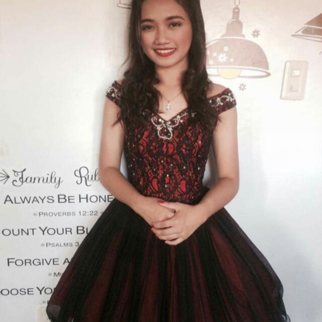 GOWN/DRESS FOR RENT!!