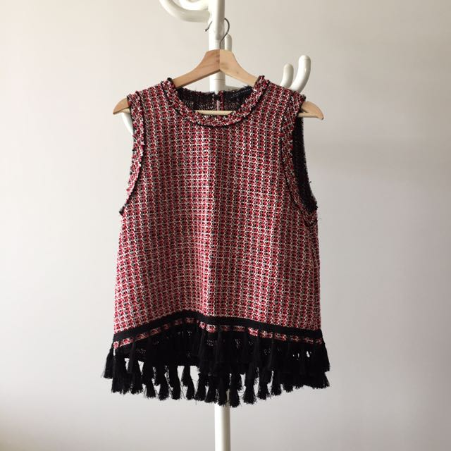 Knitted vest size M
