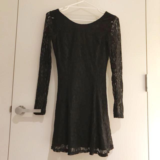 Lace long sleeve black dress