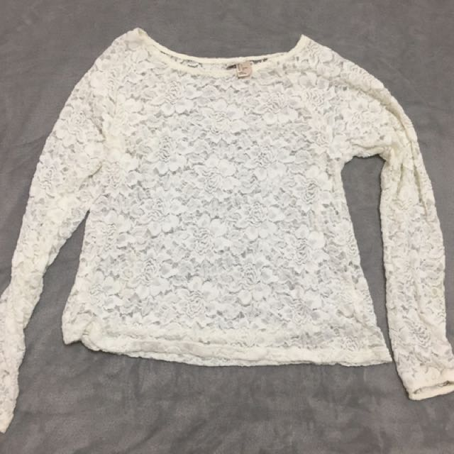 Lace long sleeve size S
