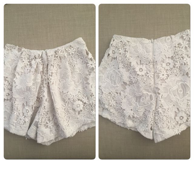 Lace white shorts