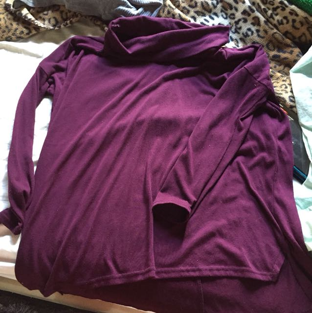 Loose fitting top
