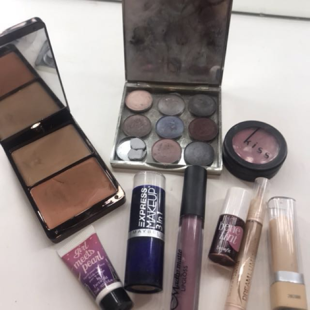 Makeup set for sale