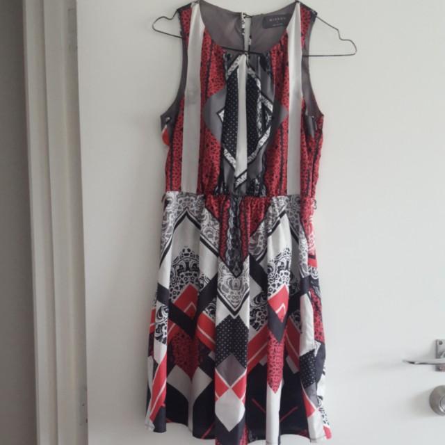 Mirrou Size 8 Dress