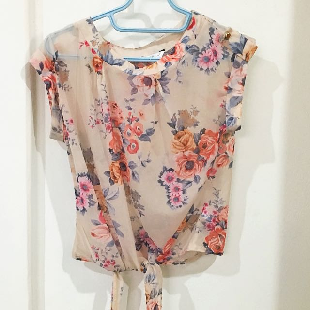 NEW LOOK FLOWERY TOP SIZE UK 10/M