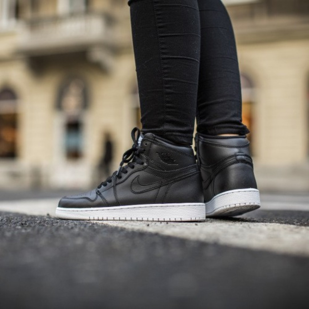 brand new 22750 4524a NIKE AIR JORDAN 1 RETRO HIGH OG (CYBER MONDAY), Men's ...