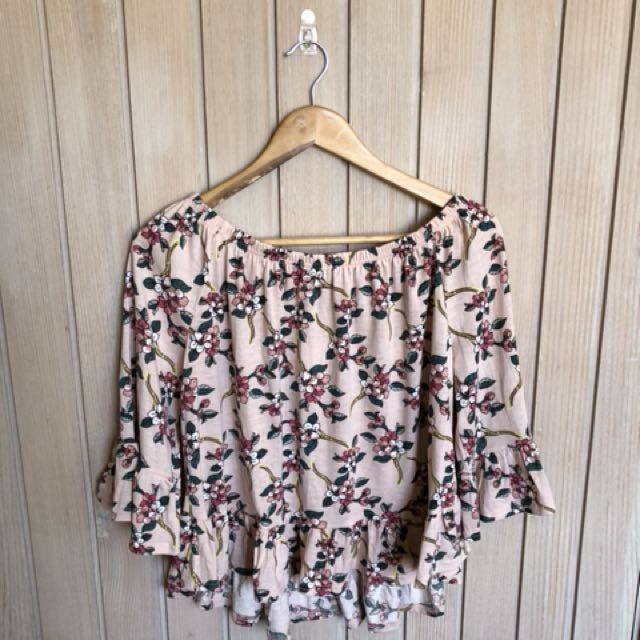 Off-shoulder Floral Top