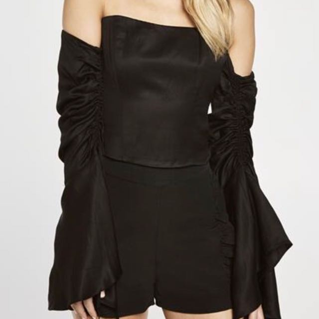 Off-Shoulder Top