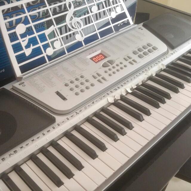 Piano keyboard fujicom jc 618