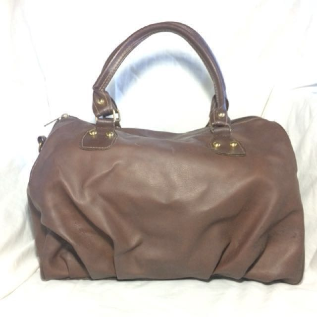 Pre-Loved. Brown Faux Leatherette Duffle Bag. Made in Thailand ... a134de2b8