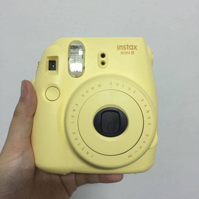 Fujifilm Polaroid Instax Mini 8 in Yellow