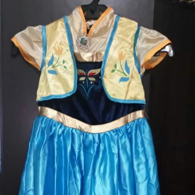 Princess Anna Costume 8-9 years old