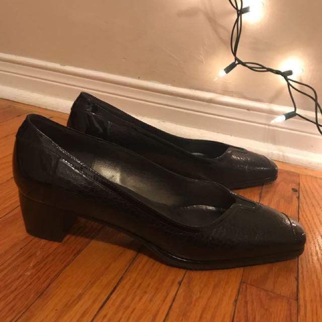 Roberto capucci kitten heels