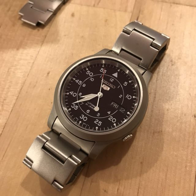 Seiko 5 Snk809 Luxury Watches On Carousell