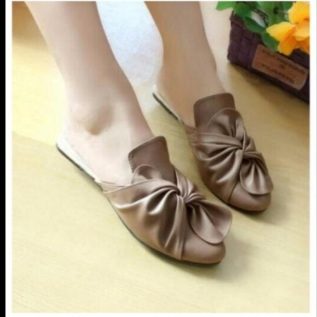 Sendal/sepatu flat