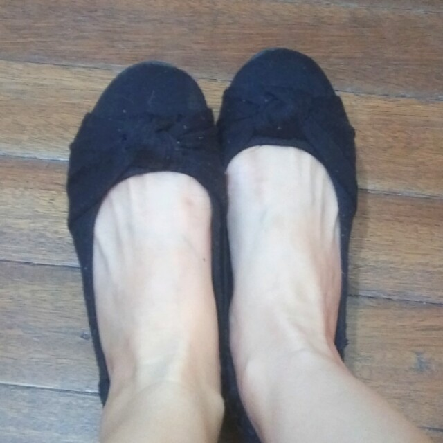Used Authentic American Eagle Flats