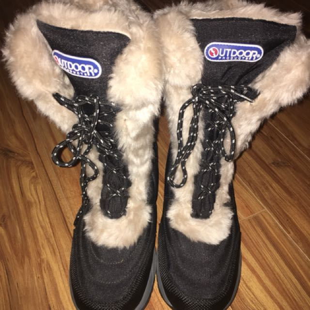 Winter boots UK 5.5