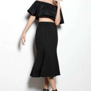 MORNING GLORY MIDI SKIRT IN BLACK | Young Hungry Free