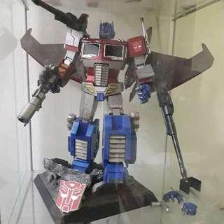 Transformers G1_Optimus Prime - Starscream version (Hot Toys)