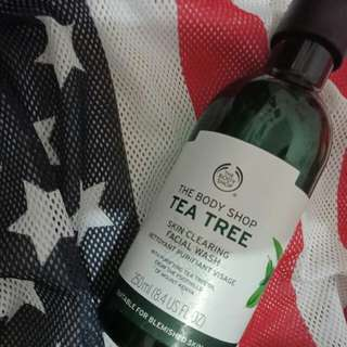 The bodyshop teatree oil