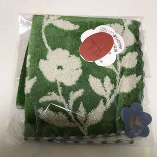 Just recd xmas present BN Blooming Shilla Rose Face Towel Gift