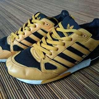 Adidas zx 750 custom paint by sepatuduatiga size 41