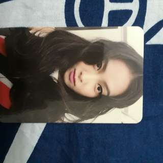 KPOP OFFICIAL 4 WALLS PHOTOCARD VICTORIA