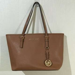Authentic Michael Kors Tote Brown