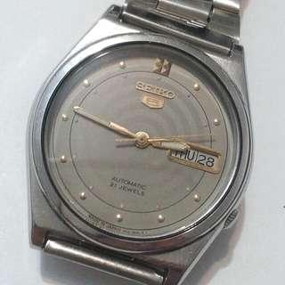 SEIKO 5 Automatic watch  bezel 36mm 21jewels
