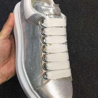 訂貨Mcqueen sneaker 女裝 銀色