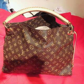Louis Vuitton Authentic 98% No Issue Serius Buyer Only