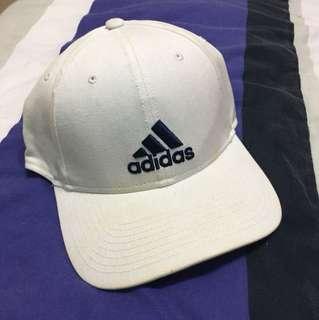 🚚 Adidas tennis cap
