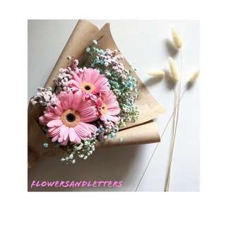 Pink gerbera daisy flower bouquet wraps with mixed pink, blue and white baby's breath hand bouquet real flowers fresh flowers bouquet