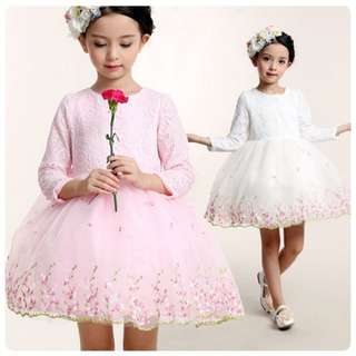 DRESS LACE FLOWER