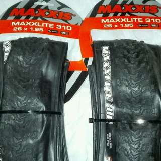 100% NEW MAXXIS MAXXLITE 310 26 X 1.95 ULTRALIGHT TIRES 超輕外呔