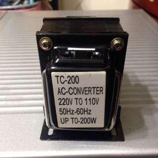 🚚 雙向220V↔110V 變壓器 200W