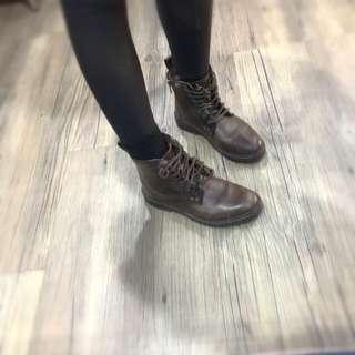 🚚 Camper正品短靴37號24CM全牛皮