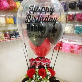 Flower + Chocolate Hot Air Balloon Bouquet