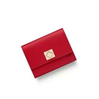 徵收舊款  紅色D銀包  一個