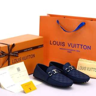 Sepatu LV Pria