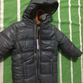 New boys winter jacket -size 5yrs
