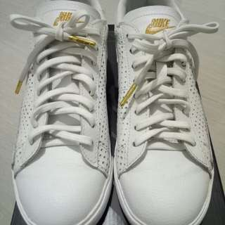 Nike white blazer shoes